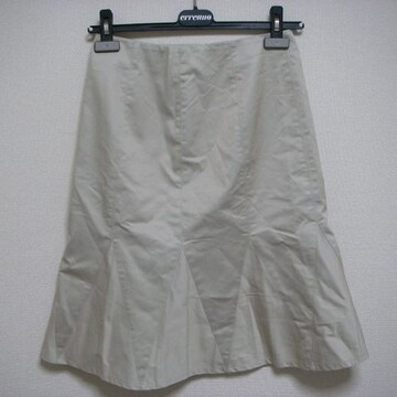 伊勢丹 40 ひざ丈 スカート ベージュ系