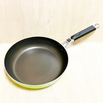 【美品】IH対応フライパン/直径26.5cm/ガスコンロOK/きみどり