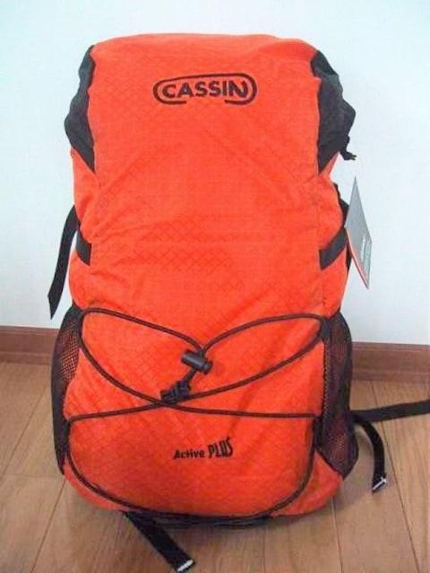★新品 イタリアCASSIN 超軽量リュック オレンジ パタゴニア★  < 男性ファッションの