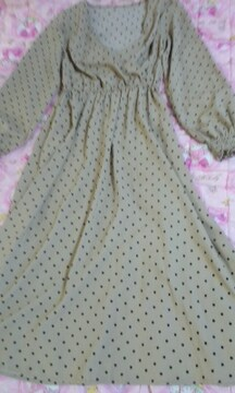 GUお胸深vカシュクールデザインぷっくり袖かわいいワンピース