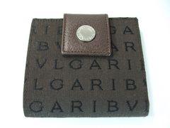 美品ブルガリ ロゴマニアWホック二つ折財布