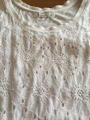 美品!!ヒマワリ柄レース柄可愛いホワイトTシャツ!