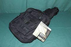 沖縄米軍実物5.11、MOAB,6  ワンショルダーバッグ