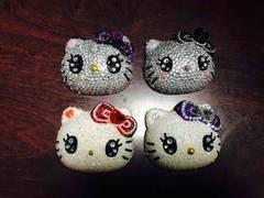 ぷっくり キティ デコパーツ  4(下右側)