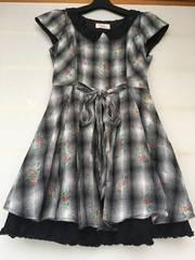 Secret magic 白黒 花柄 裾がオシャレなワンピース サイズ 2 N2m