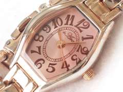 8275/Ara可愛いピンクカラーフェイスお洒落レディース腕時計格安出品