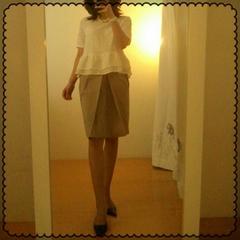 ストロベリーフィールズ☆ハリ感上質〜センタータック入りon-off素敵スカート M