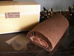 2月限定*チョコロール(苺入り)*お届け地域限定品