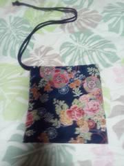 ☆新柄紺×鏡裏牡丹菊花束和柄ナナメ掛巾着袋