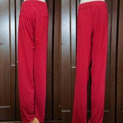 W114/赤,デニム地パンツ