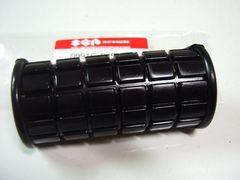 (37)GS400用純正フロント右ステップのゴムS23