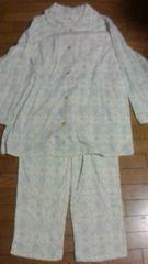 新品、タグ着きのパジャマ上下セット、定価5,900円。