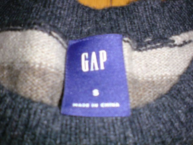 GAP ボーダー柄セーター < ブランドの