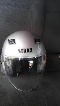 リード工業 ヘルメット STRAX  サイズLだと思います