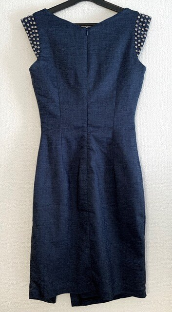 【dazzy】デニム風ドレス < 女性ファッションの