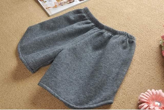 *【3L】大きいサイズ裏起毛ショートパンツ*ショーパン灰グレー即決 < 女性ファッションの