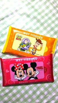 Disney ディズニー 「ミッキー&ミニー」「トイ・ストーリー」 ウェットティッシュ 顧客限定 2個組