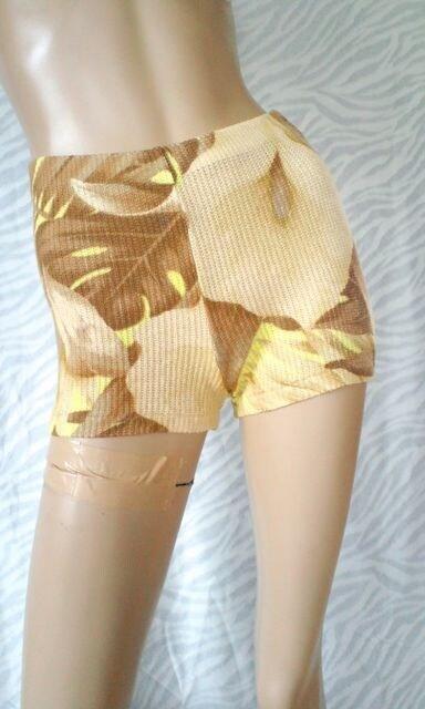 ボタニカル†椰子♪ヤシの葉柄総ストレッチショーパン†海プール < 女性ファッションの