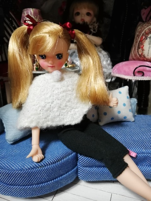 リカちゃんのOF < おもちゃの