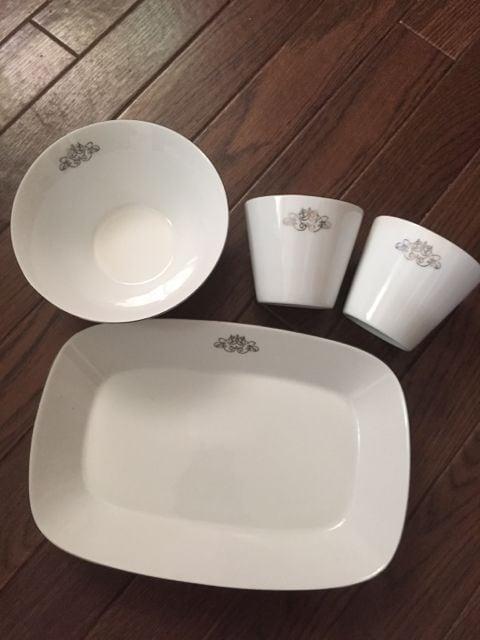 FANCL ファンケル シンプル ホワイト×シルバー 食器 4点セット  < ブランドの