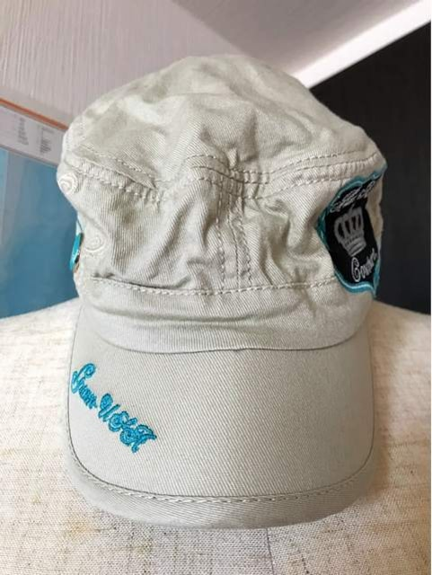 Hard Rock CAFE 帽子 新品 男女共用 < 女性ファッションの