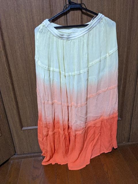 ロングスカート/黄色→オレンジのグラデーション/M < 女性ファッションの