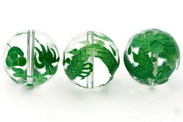 ☆緑の五爪龍☆水晶16mmビーズ☆1個