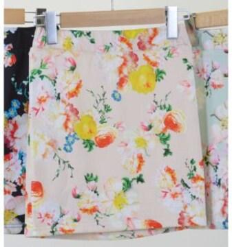 新品タグ付DaTuRaダチュラローズ花柄フラワータイトニミスカートベージュ
