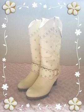 リズリサ*花パンチングブーツ