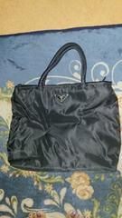 PRADA直営店購入新品同様黒ナイロン定番トートバッグ