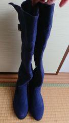 新品 22.5cm 紺色ブーツ