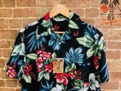 表記M/新品!レーヨン100% 花柄 アロハシャツ 総柄 サーファー リゾート系 アメカジ