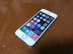 即落/即発!!美中古品 iPhone 5s 32GB ゴールド 一括支払い済