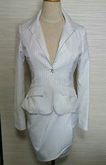 XS 〜ホワイトストライプビジューボタンミニスカートスーツ上下