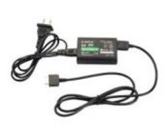 PS Vita 専用 ACアダプター 充電器 PCH-1000 初期不良保証ありc