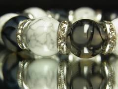 即決!!ドラゴンアゲート×ホワイトターコイズ14ミリ数珠ブレス