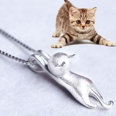新品1円〜★送料無料★ silver925 ぶらさがり ネコ猫ネックレス フロスト