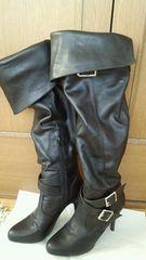 R&Eブラックレザーブーツ