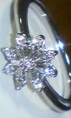 K18WG/ 天然ダイヤモンド0.25ct素敵デザインリング