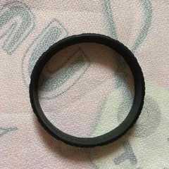Q−POT・ビスケットデザインラバーブレスレット。ブラック