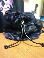 新品セシルマクビーのファー巾着バッグ