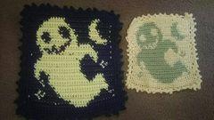 手編みのハロウィンドイリー、オバケ二枚