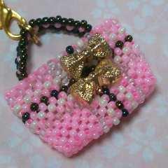 【handmade】ビーズのバック★ストラップ★ピンク