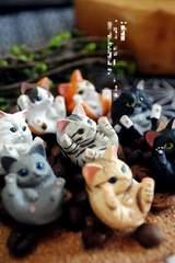 瓶に入った猫のキーホルダー ペルシャ猫、トラ猫 ネックレス