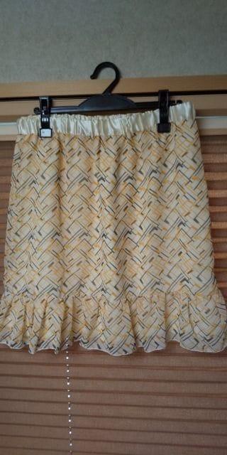 新品☆大きいサイズ☆ヒラヒラ☆素敵なスカート  < 女性ファッションの