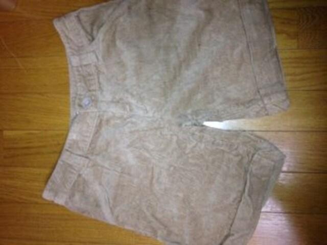 コーデュロイ生地秋冬用ショートパンツ未使用  < 女性ファッションの