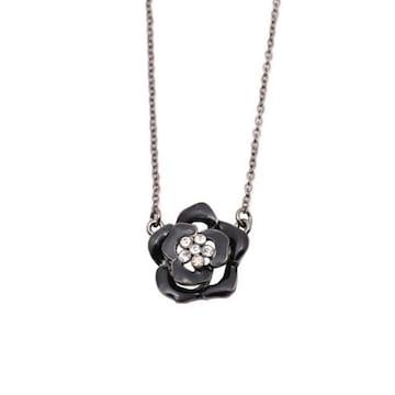 新品 アンティーク調ストーン付きゴシック黒薔薇ネックレス
