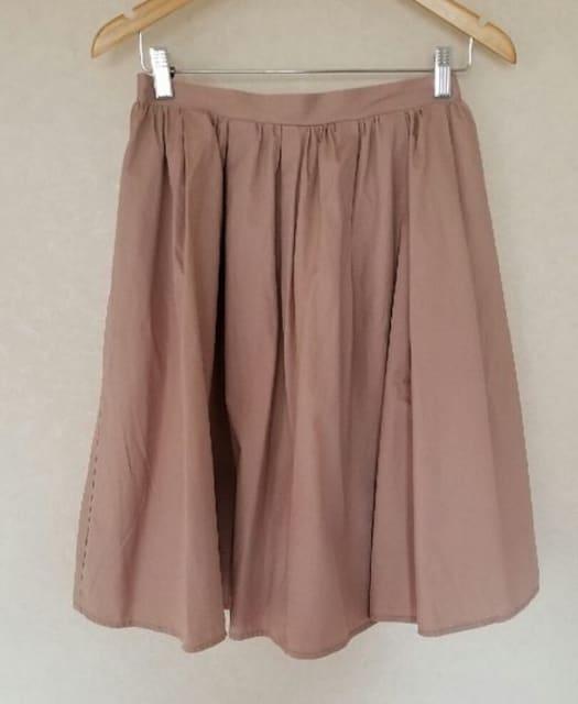 ハリ感フレアースカート    < 女性ファッションの