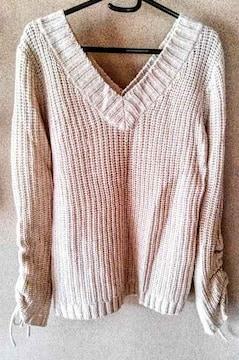 セーター ニット 後ろボタンデザイン ベージュ L 大きいサイズ