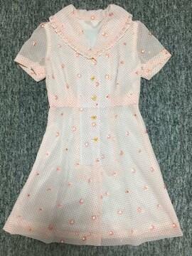 ピンクオレンジ 水玉×花レース 大きめ襟のワンピ ジョーゼット
